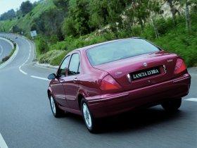 Ver foto 10 de Lancia Lybra 1999