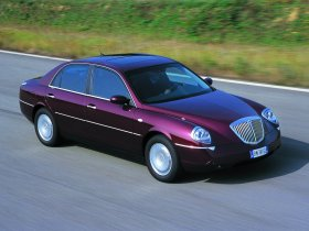 Ver foto 4 de Lancia Thesis 2002