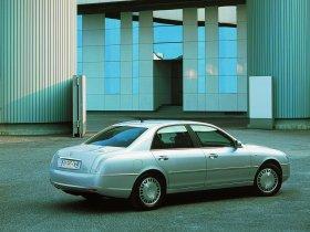 Ver foto 3 de Lancia Thesis 2002
