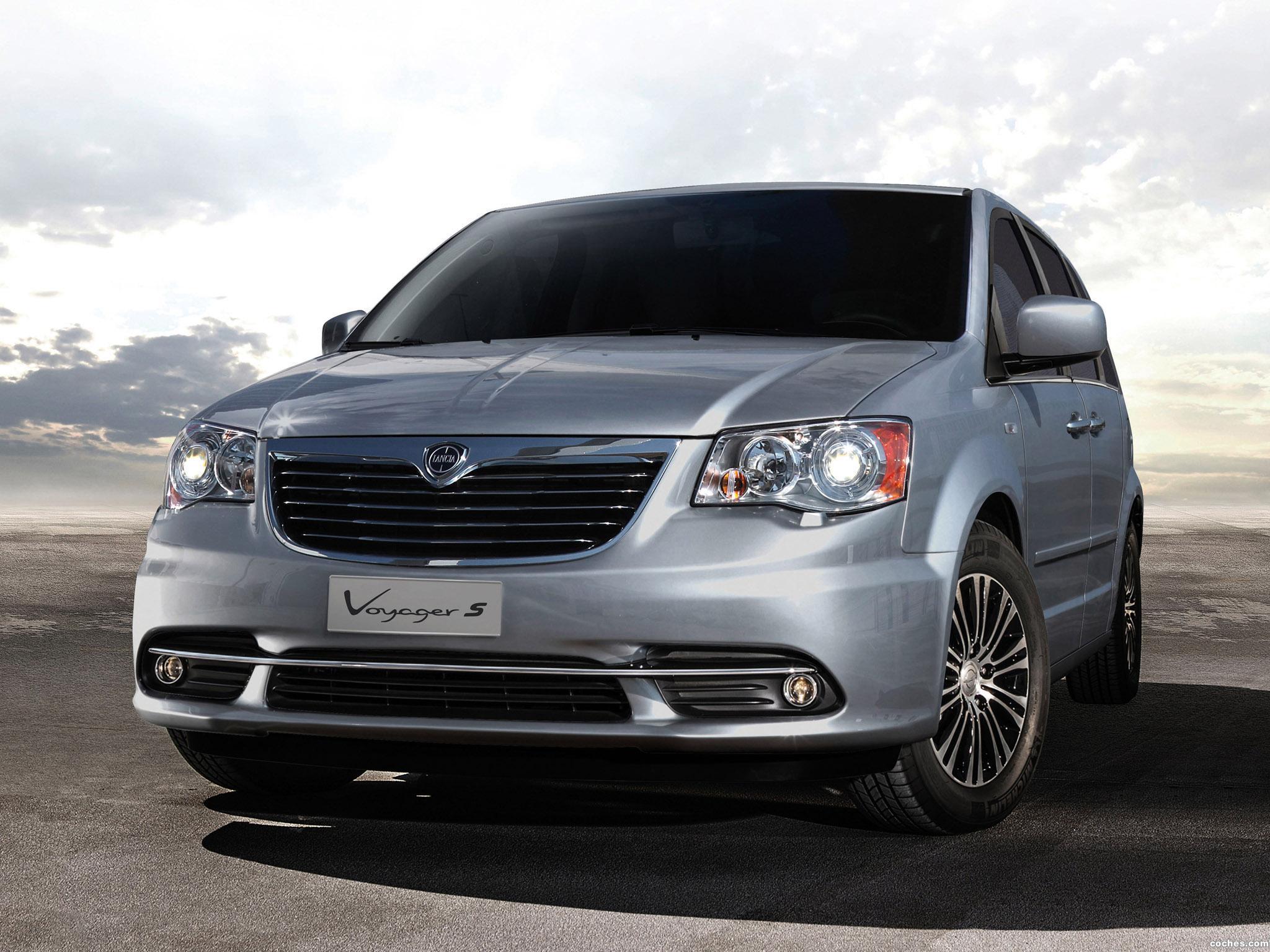 Foto 0 de Lancia Voyager S 2013