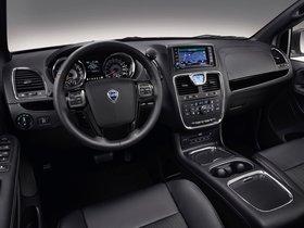 Ver foto 4 de Lancia Voyager S 2013