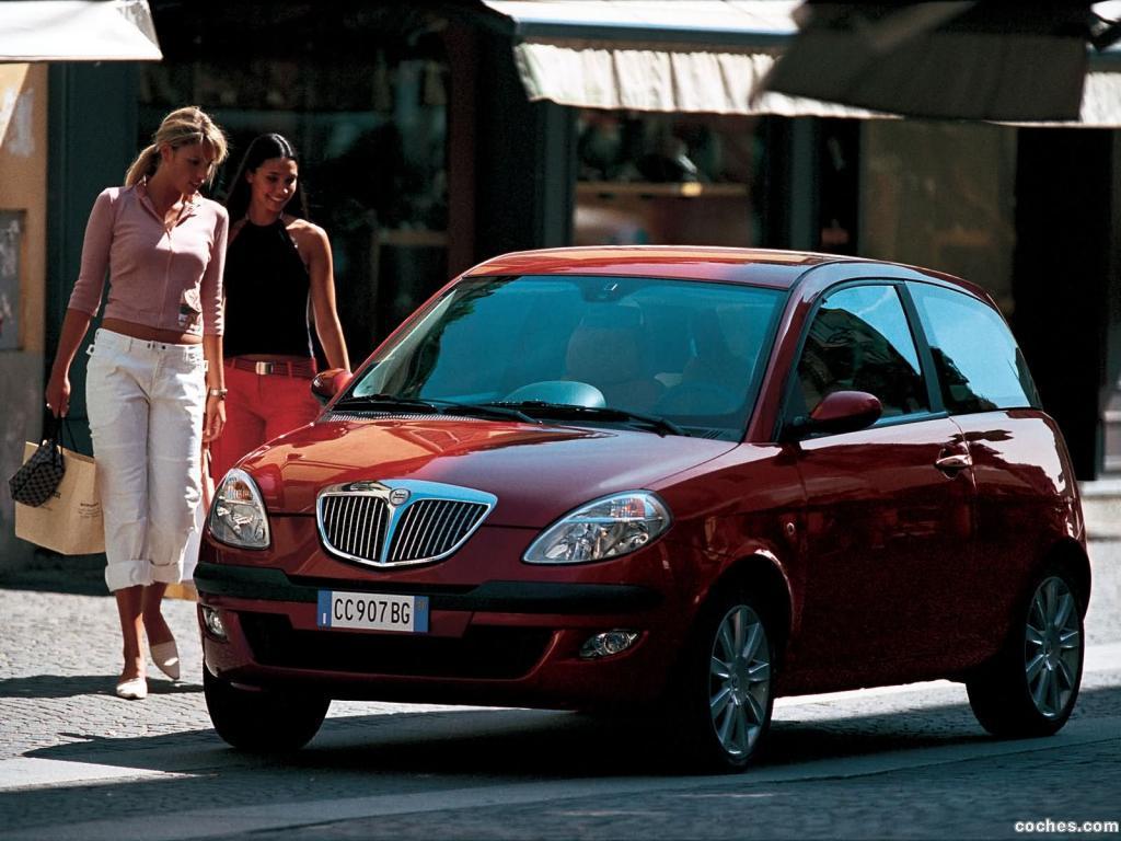 Foto 20 de Lancia Ypsilon 2003