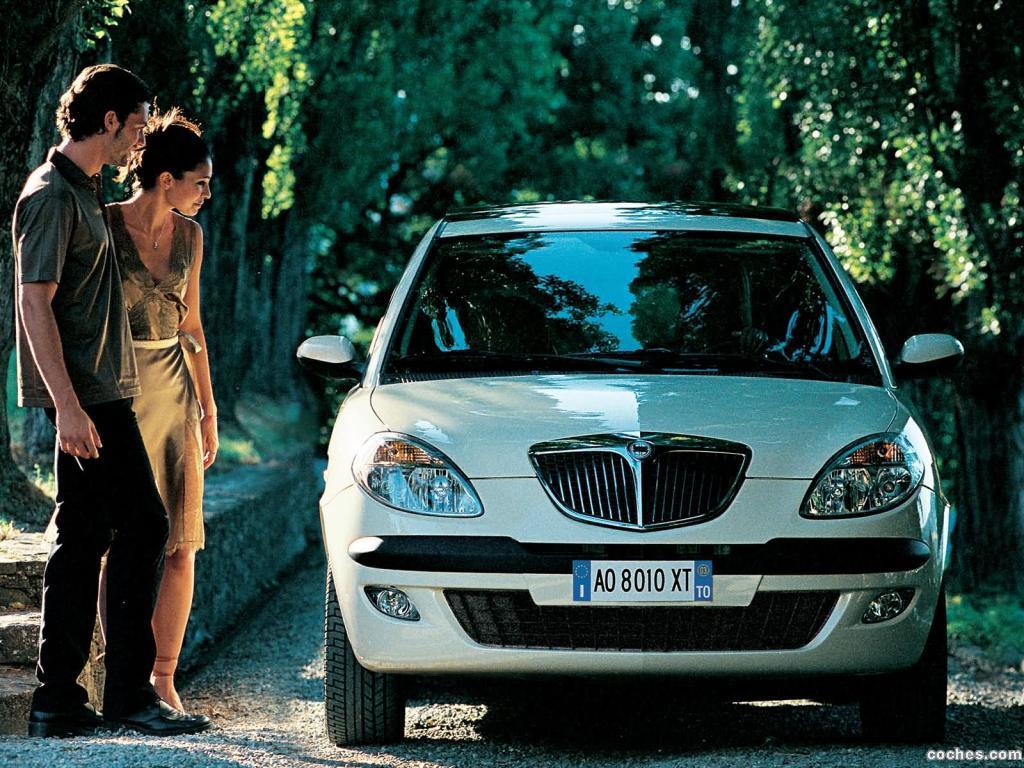 Foto 11 de Lancia Ypsilon 2003
