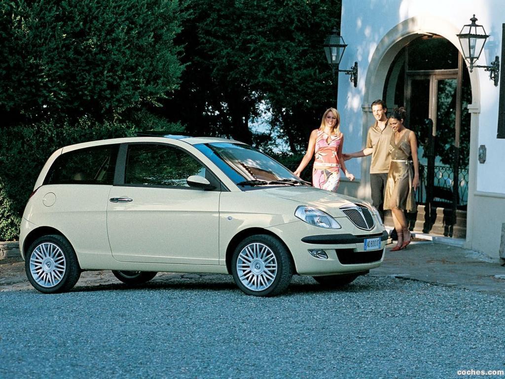 Foto 6 de Lancia Ypsilon 2003