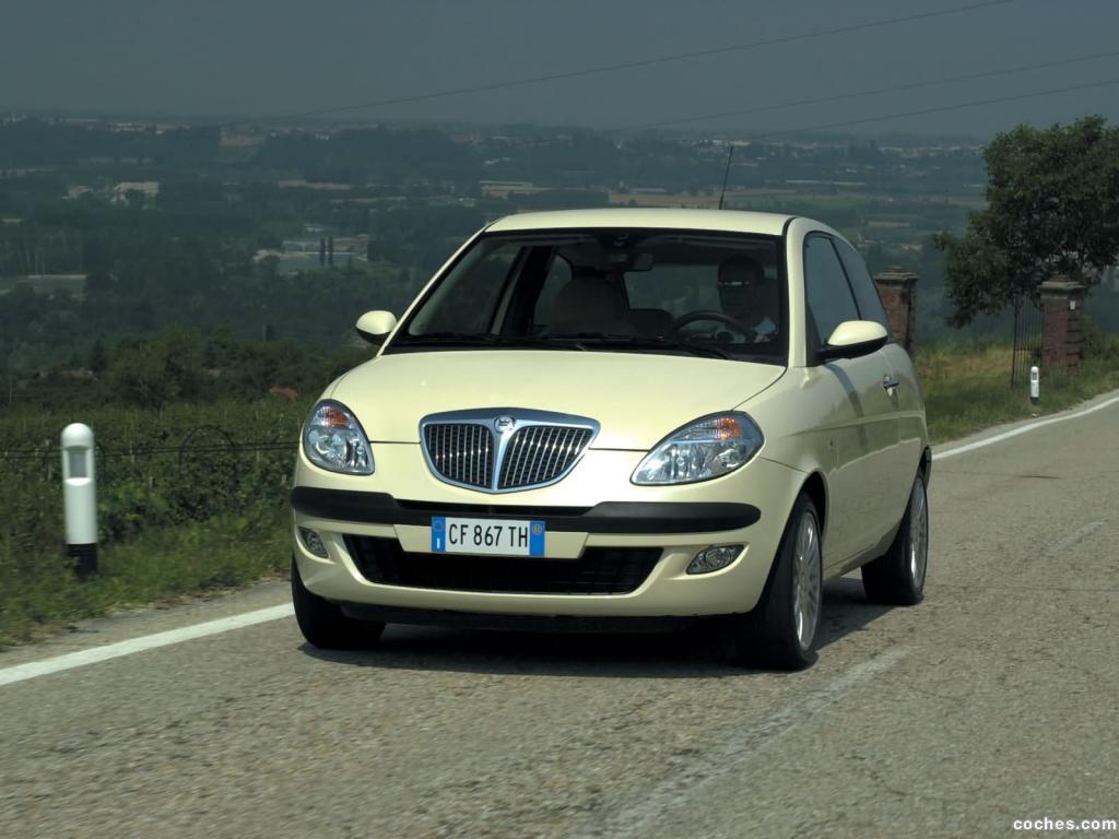 Foto 0 de Lancia Ypsilon 2003