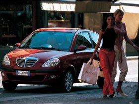 Ver foto 22 de Lancia Ypsilon 2003