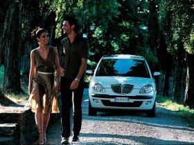 Ver foto 11 de Lancia Ypsilon 2003