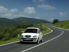 Ver foto 2 de Lancia Ypsilon 2003