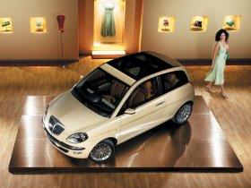 Ver foto 28 de Lancia Ypsilon 2003