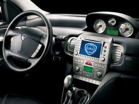 Ver foto 18 de Lancia Ypsilon Sport MOMO Design 2007