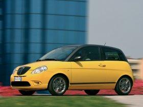 Ver foto 8 de Lancia Ypsilon Sport MOMO Design 2007