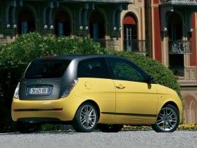 Ver foto 6 de Lancia Ypsilon Sport MOMO Design 2007