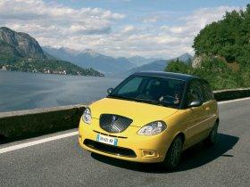 Ver foto 5 de Lancia Ypsilon Sport MOMO Design 2007