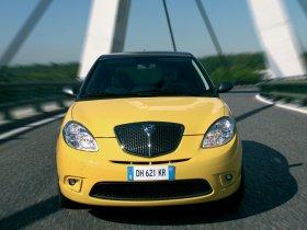 Ver foto 4 de Lancia Ypsilon Sport MOMO Design 2007