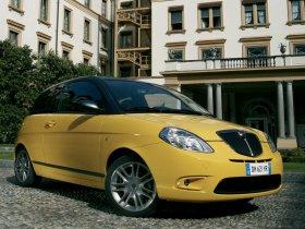 Ver foto 1 de Lancia Ypsilon Sport MOMO Design 2007