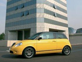 Ver foto 12 de Lancia Ypsilon Sport MOMO Design 2007