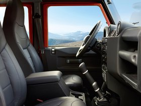 Ver foto 5 de Land Rover Defender 110 Adventure 2015