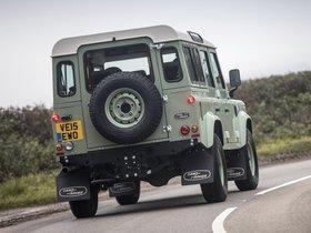 Ver foto 2 de Land Rover Defender 110 Heritage UK 2015