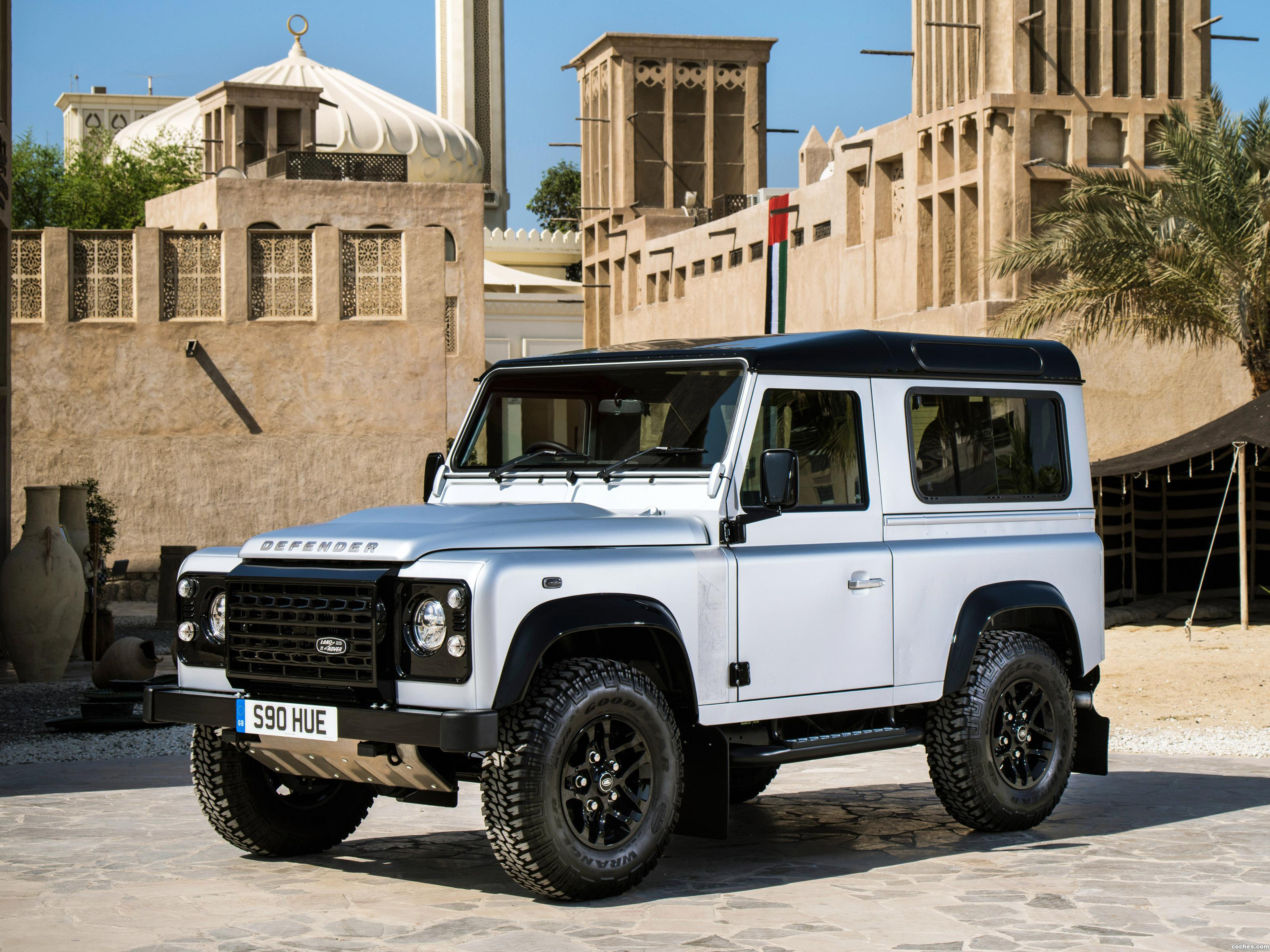 Foto 0 de Land Rover Defender 90 2000000 th 2015