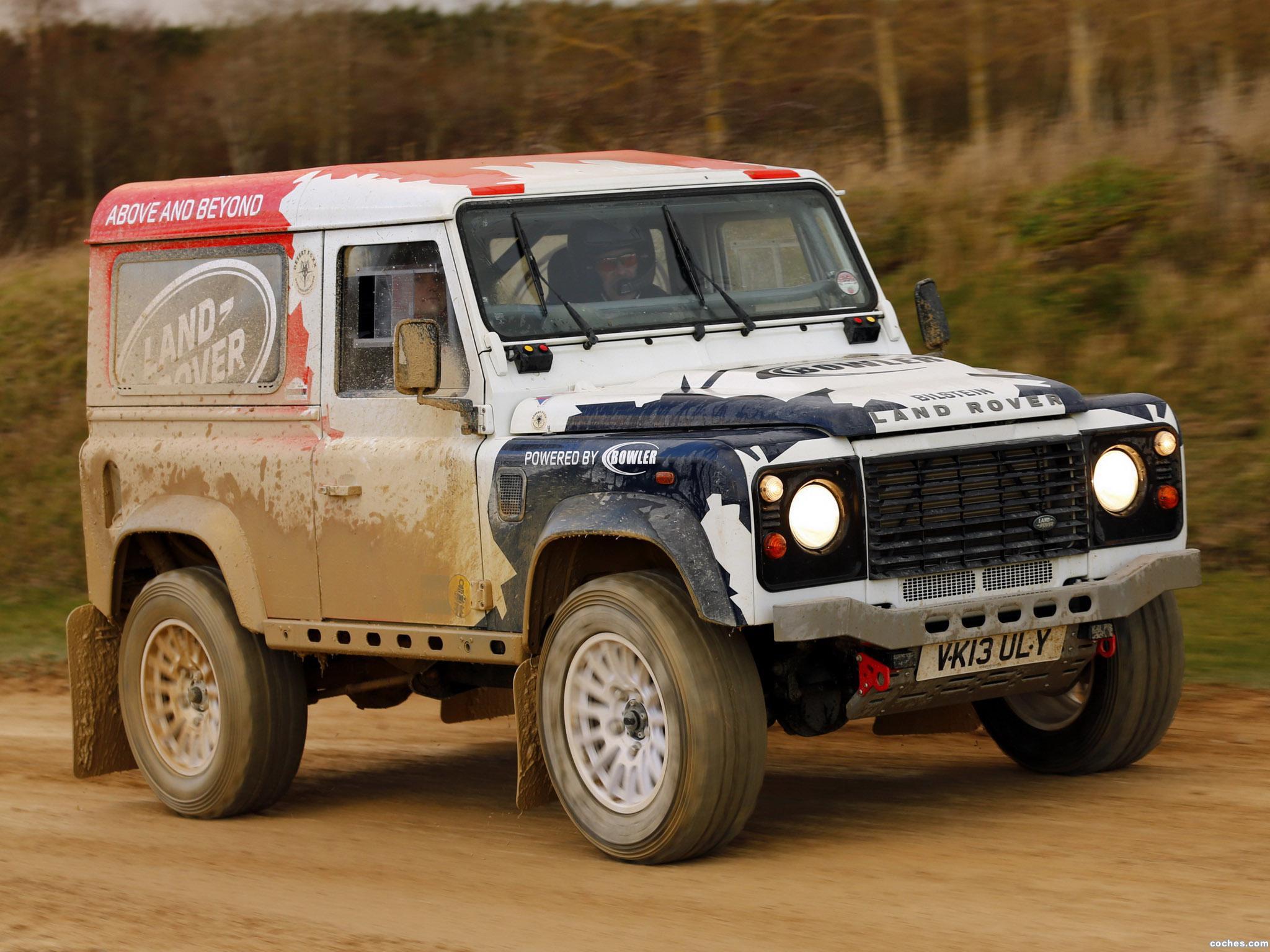 Foto 1 de Land Rover Defender Challenge by Bowler 2014