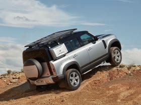 Ver foto 2 de Land Rover Defender 110 Explorer Pack First Edition 2019