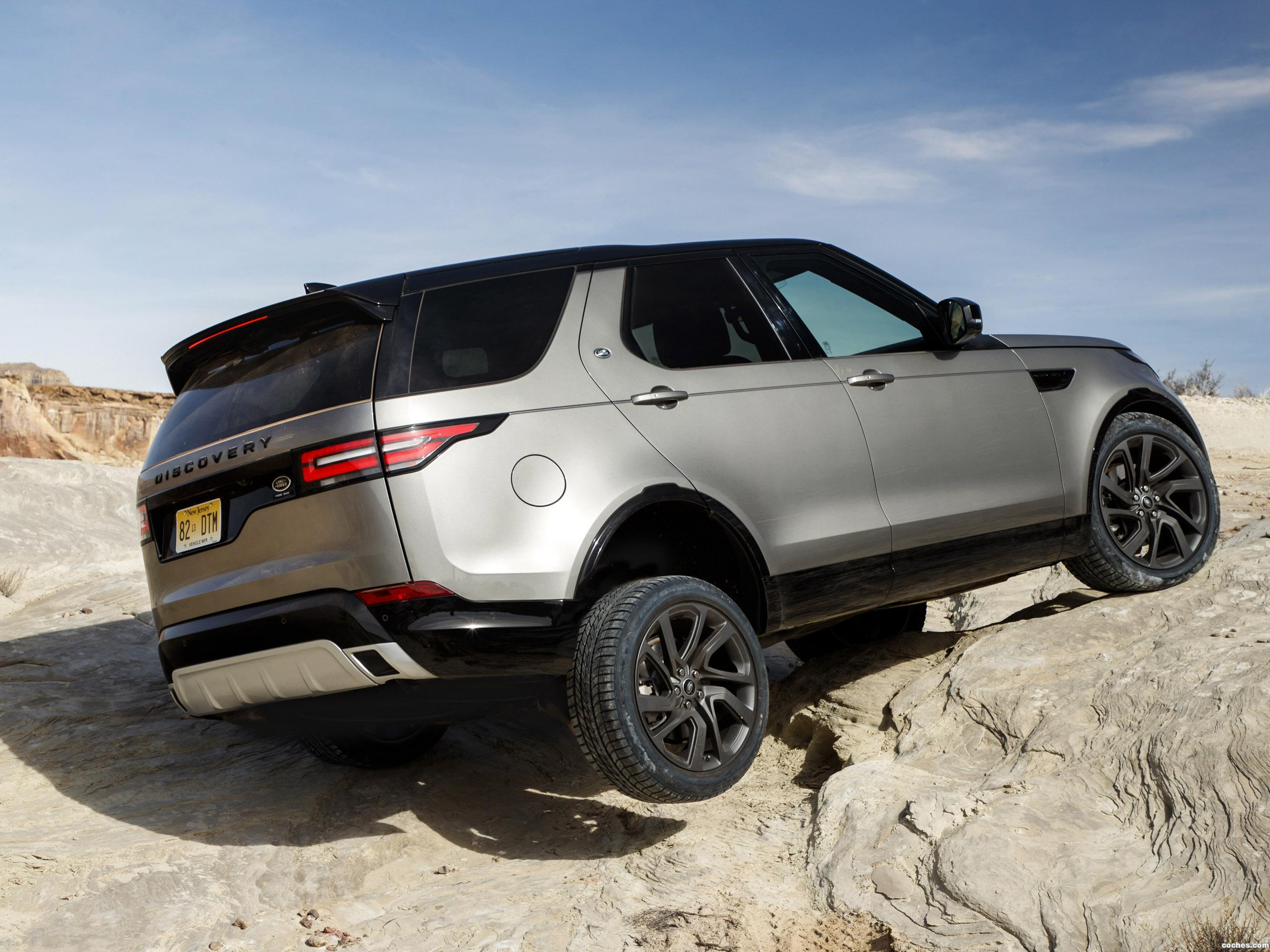 Foto 18 de Land Rover Discovery HSE Si6 Dynamic Design Pack USA 2017