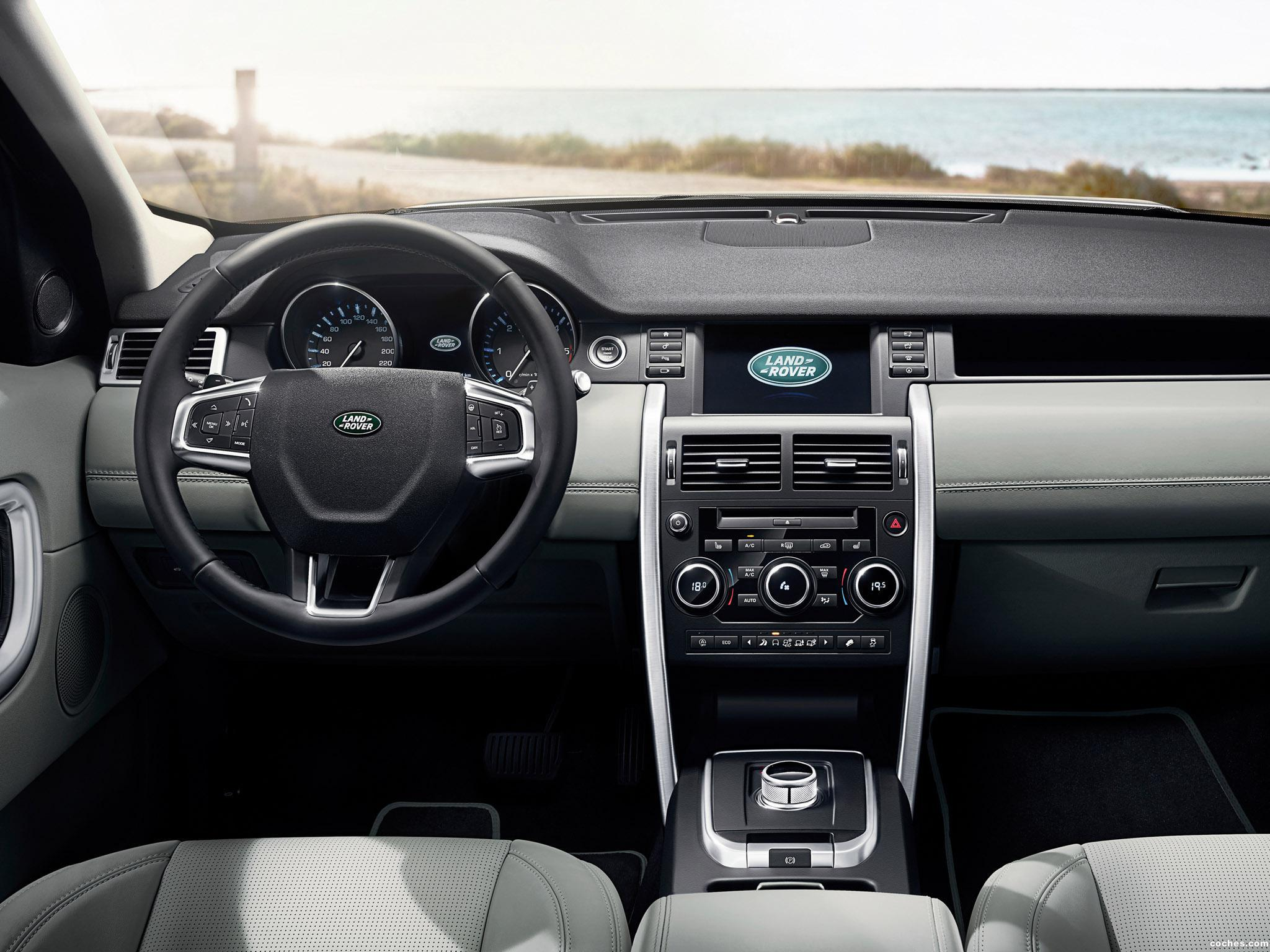Foto 30 de Land Rover Discovery Sport HSE Luxury L550 2015