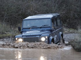 Ver foto 4 de Land Rover Electric Defender Research Vehicle 2013