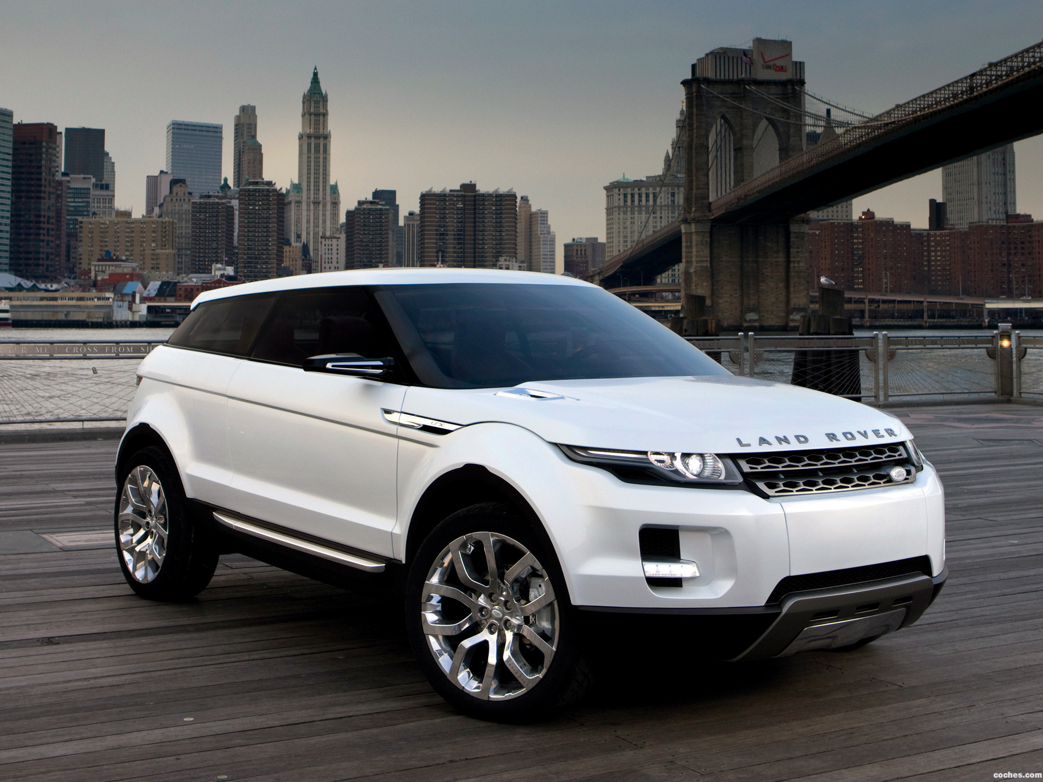 Foto 0 de Land Rover LRX Concept 2007