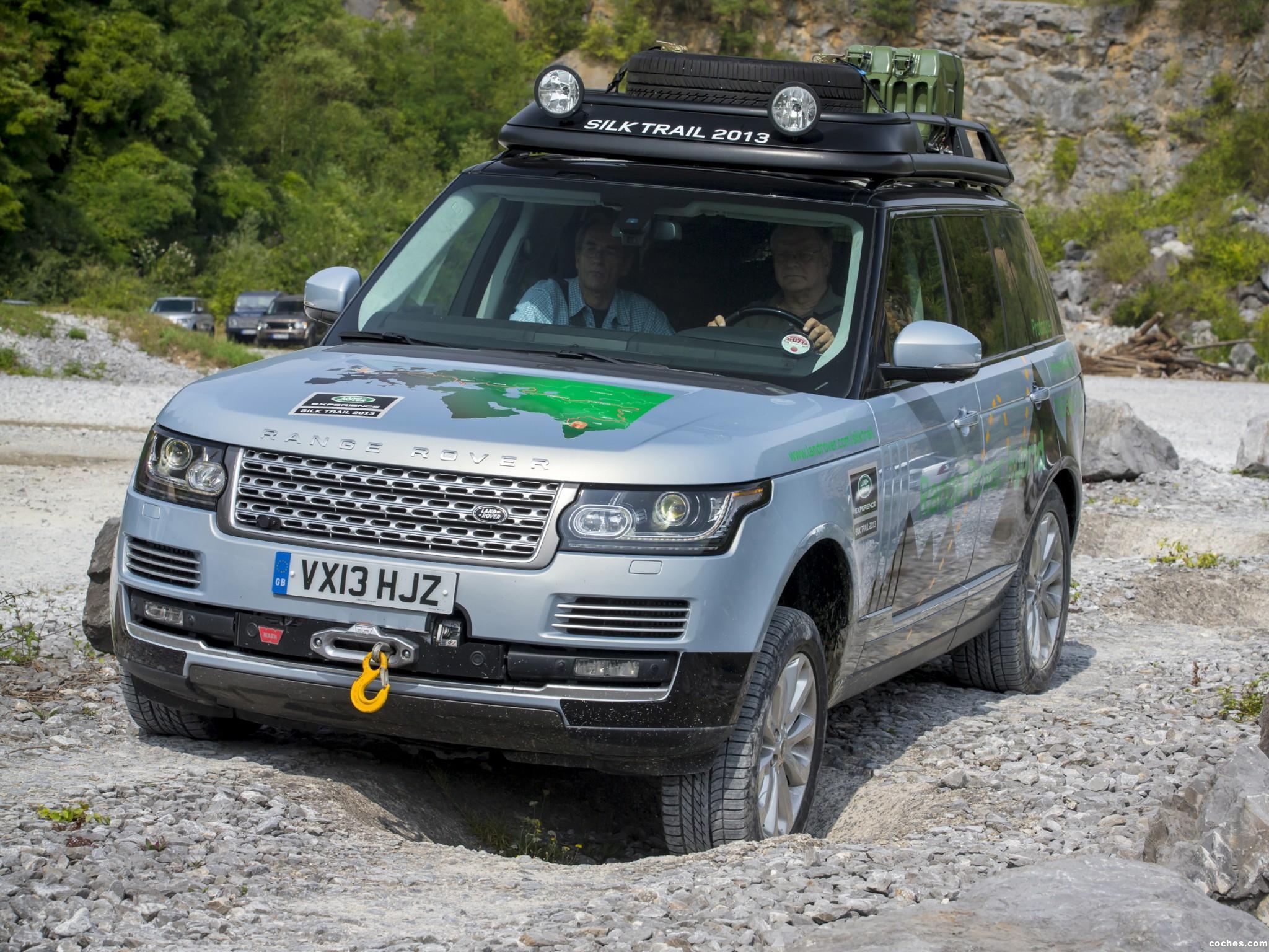Foto 13 de Land Rover Range Rover Hybrid Prototype L405 2013