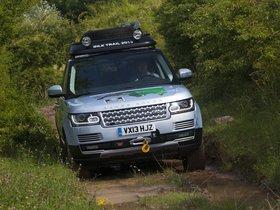 Ver foto 7 de Land Rover Range Rover Hybrid Prototype L405 2013