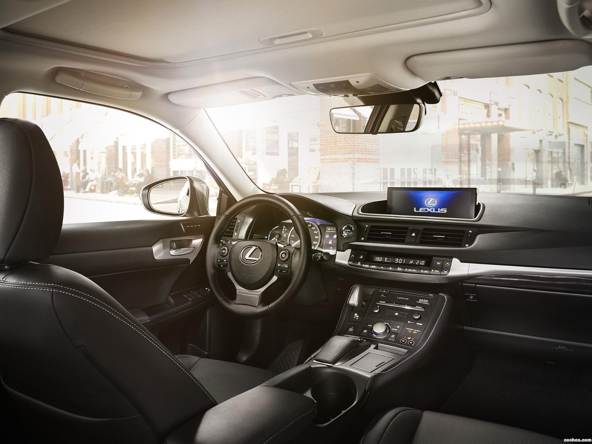 Foto 16 de Lexus CT 200h 2018