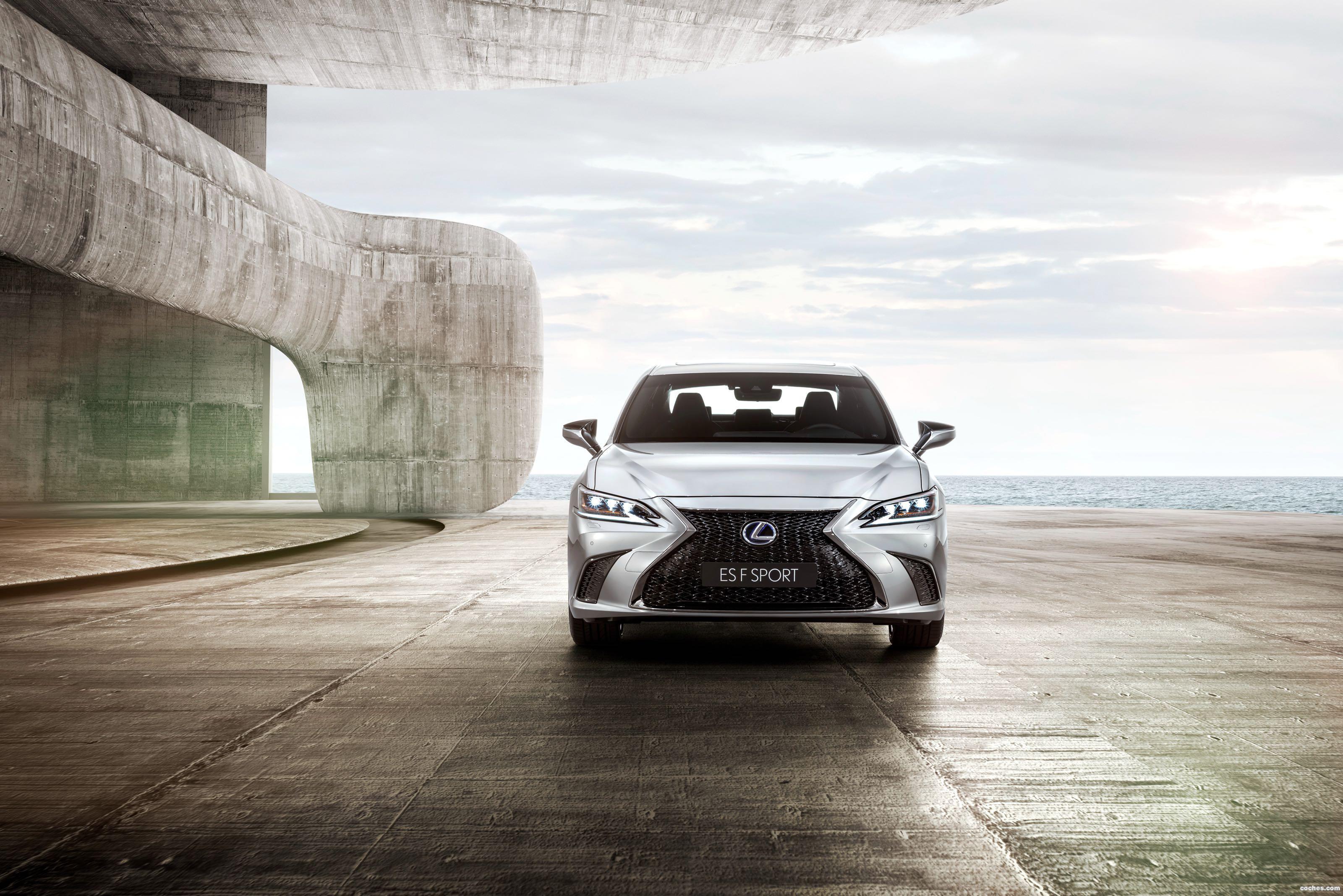 Foto 0 de Lexus ES 300h F SPORT 2018