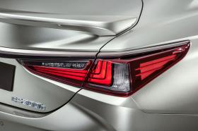 Ver foto 15 de Lexus ES 300h F SPORT 2018