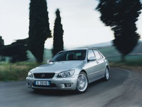 Ver foto 5 de Lexus IS 300 2001