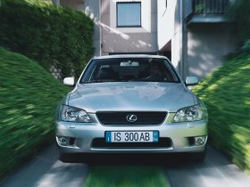 Ver foto 3 de Lexus IS 300 2001
