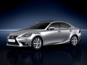 Ver foto 2 de Lexus IS 300h 2013