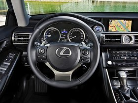 Ver foto 20 de Lexus IS 300h Europe 2013