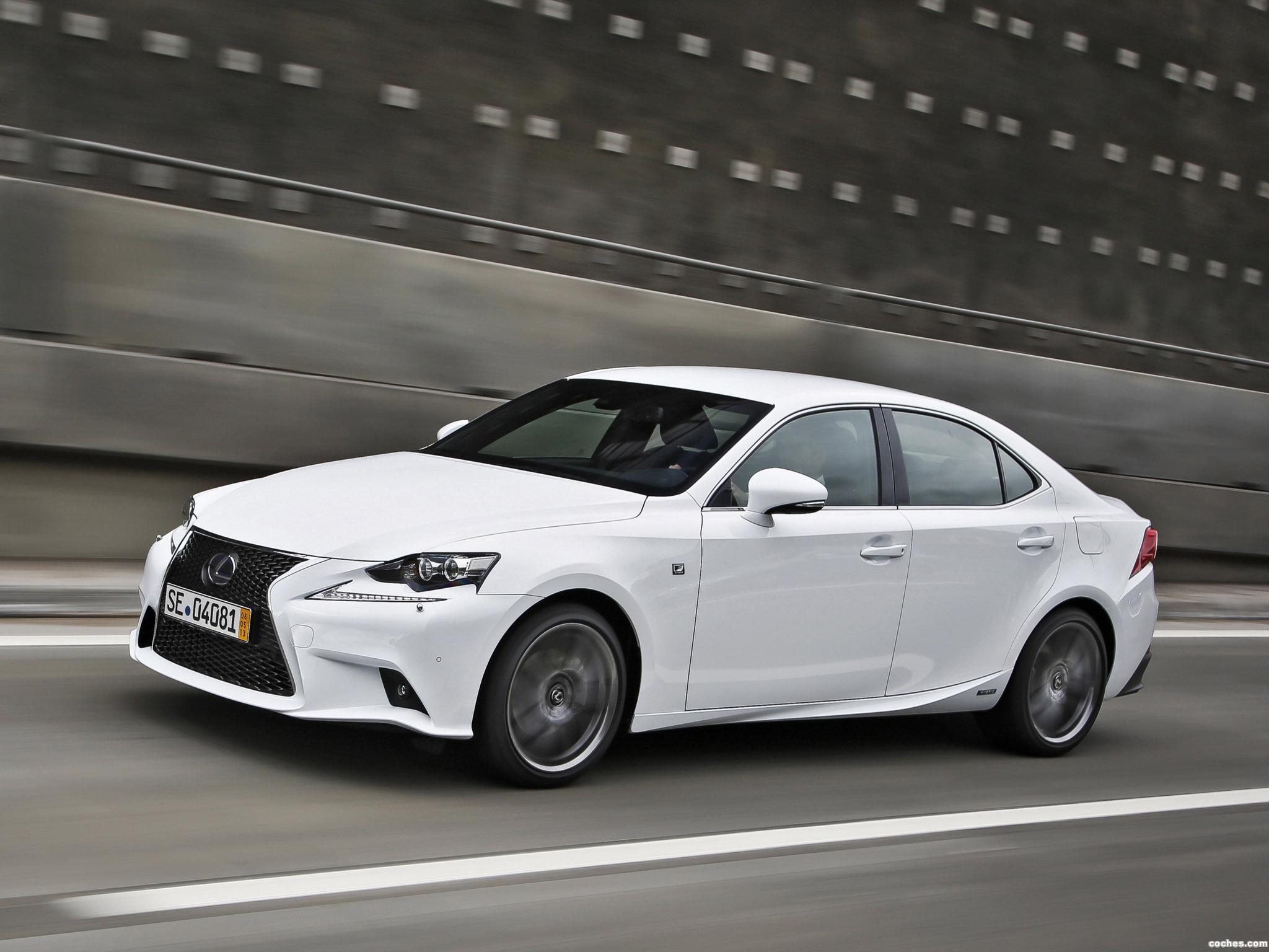 Foto 10 de Lexus IS 300h F-Sport Europe 2013