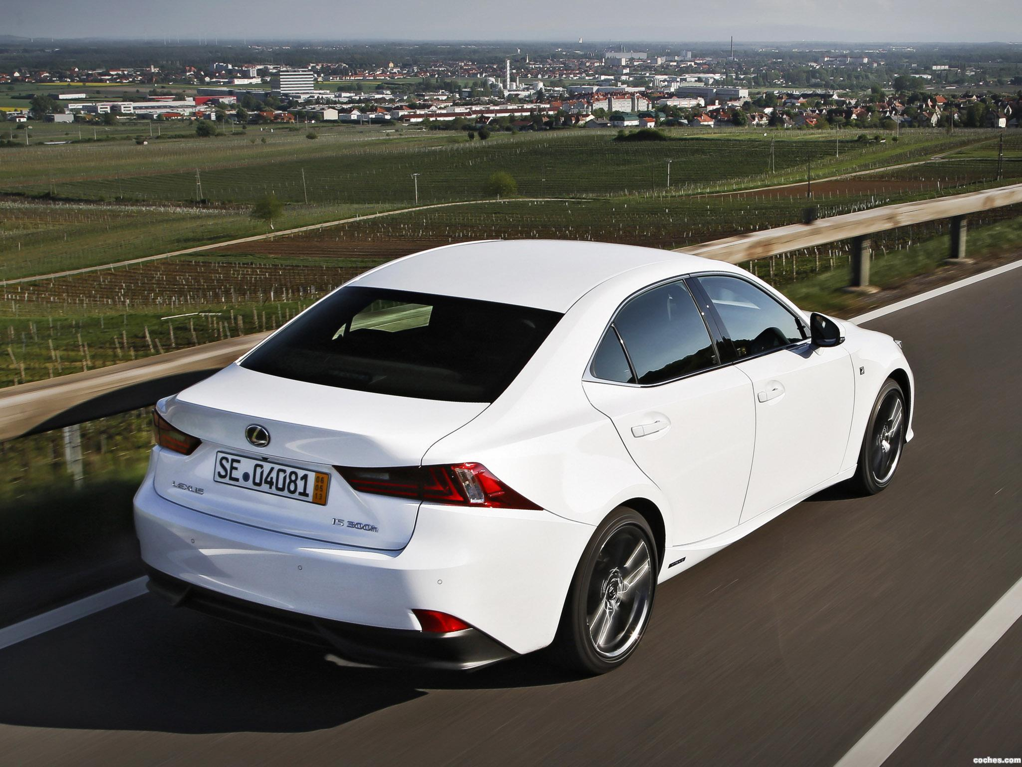 Foto 5 de Lexus IS 300h F-Sport Europe 2013