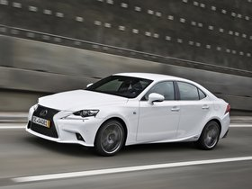 Ver foto 11 de Lexus IS 300h F-Sport Europe 2013