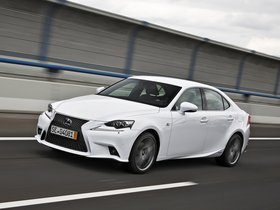 Ver foto 10 de Lexus IS 300h F-Sport Europe 2013