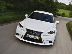 Ver foto 8 de Lexus IS 300h F-Sport Europe 2013