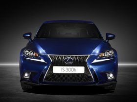 Ver foto 2 de Lexus IS 300h F-Sport Europe 2013