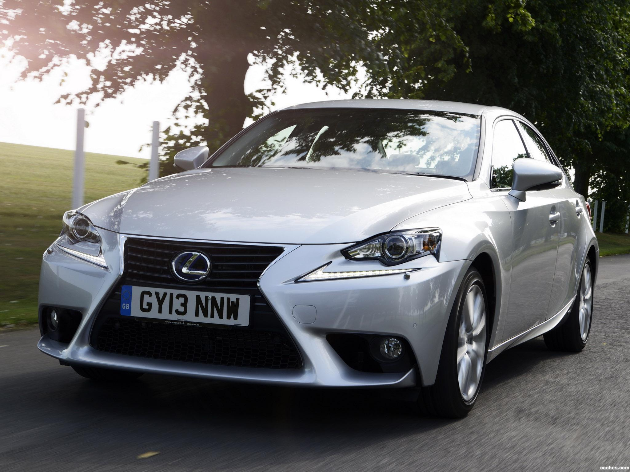 Foto 0 de Lexus IS 300h XE30 UK 2013