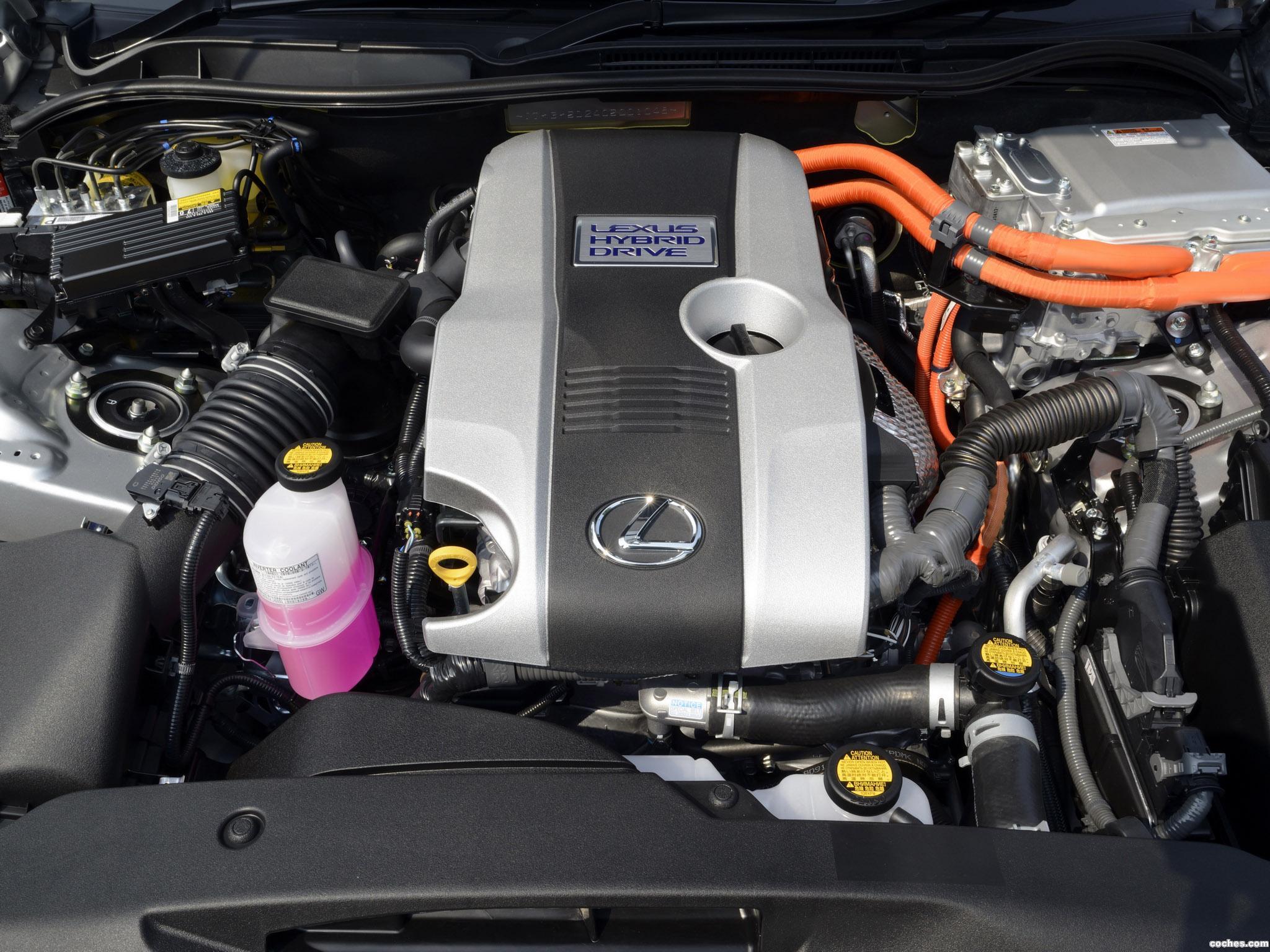 Foto 8 de Lexus IS 300h XE30 UK 2013