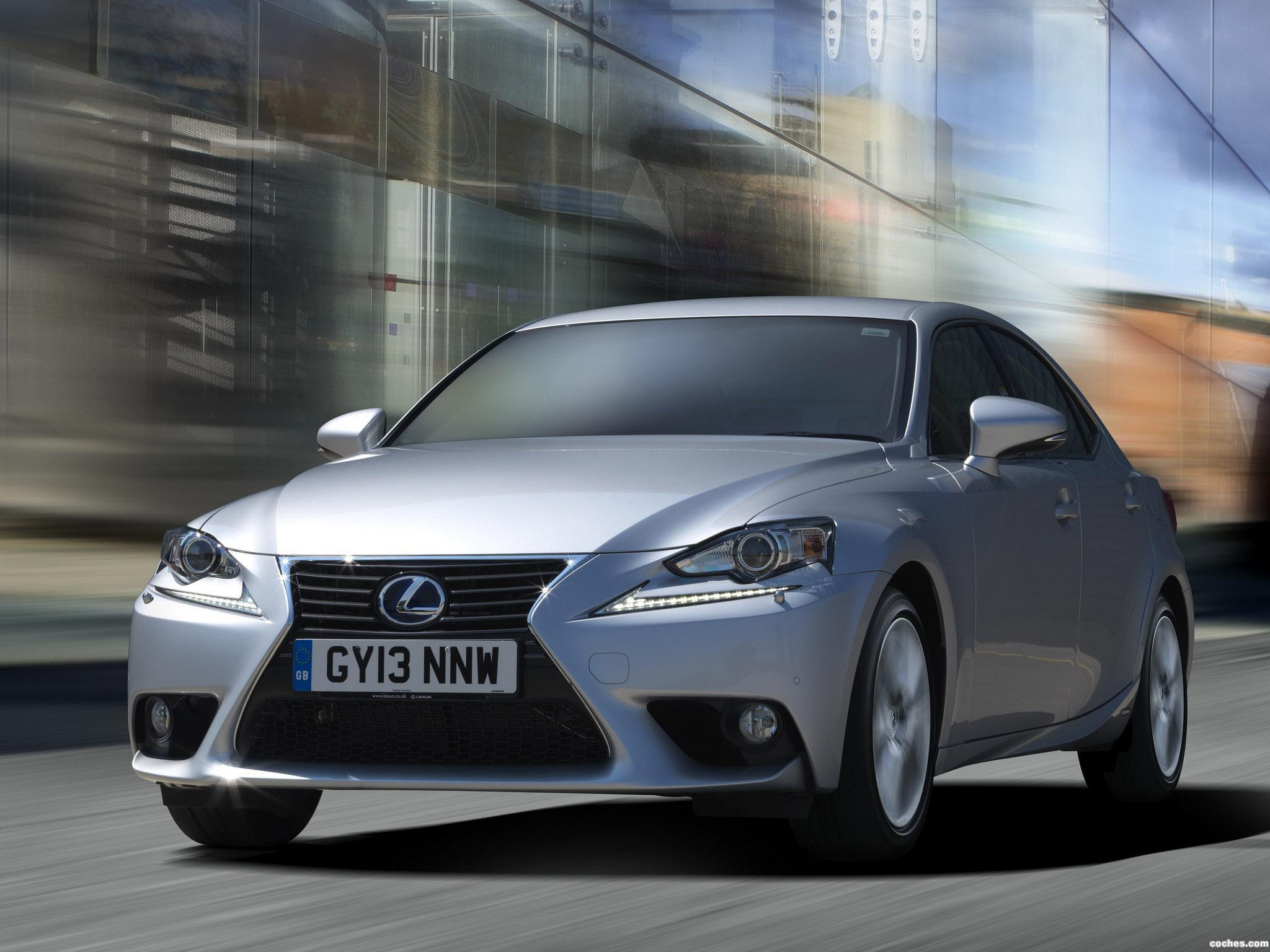 Foto 7 de Lexus IS 300h XE30 UK 2013