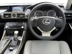Ver foto 12 de Lexus IS 300h XE30 UK 2013