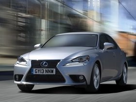 Ver foto 8 de Lexus IS 300h XE30 UK 2013