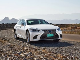 Fotos de Lexus LS 500h AWD  2017